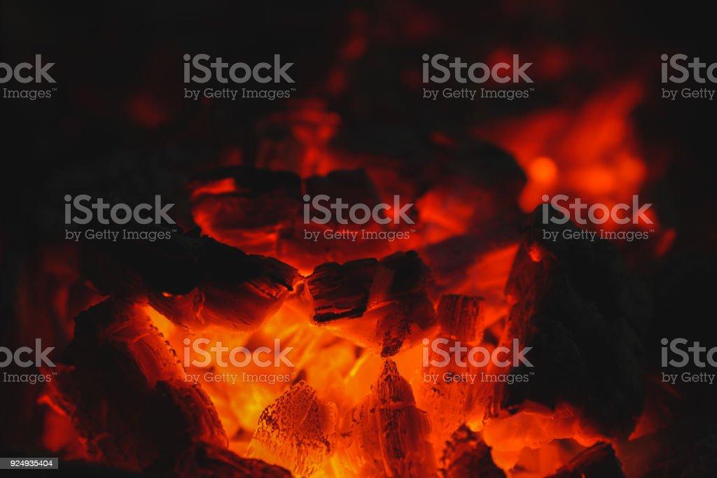 Stücke von Kohle Feuer brennen – Foto