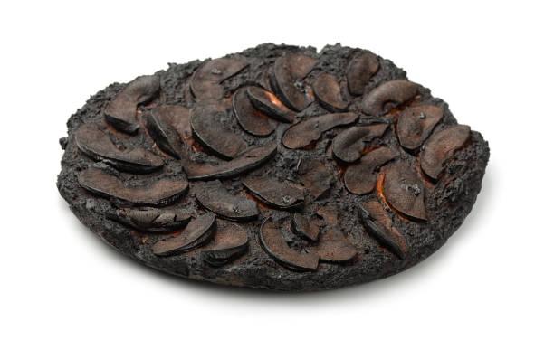 burnt cake - burned oven imagens e fotografias de stock