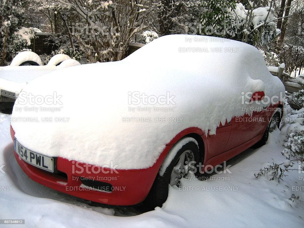 BMW Z3 burried in a snowdrift – Foto