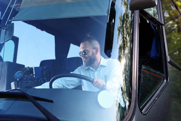Chauffeur de bus. Chauffeur de bus public. - Photo