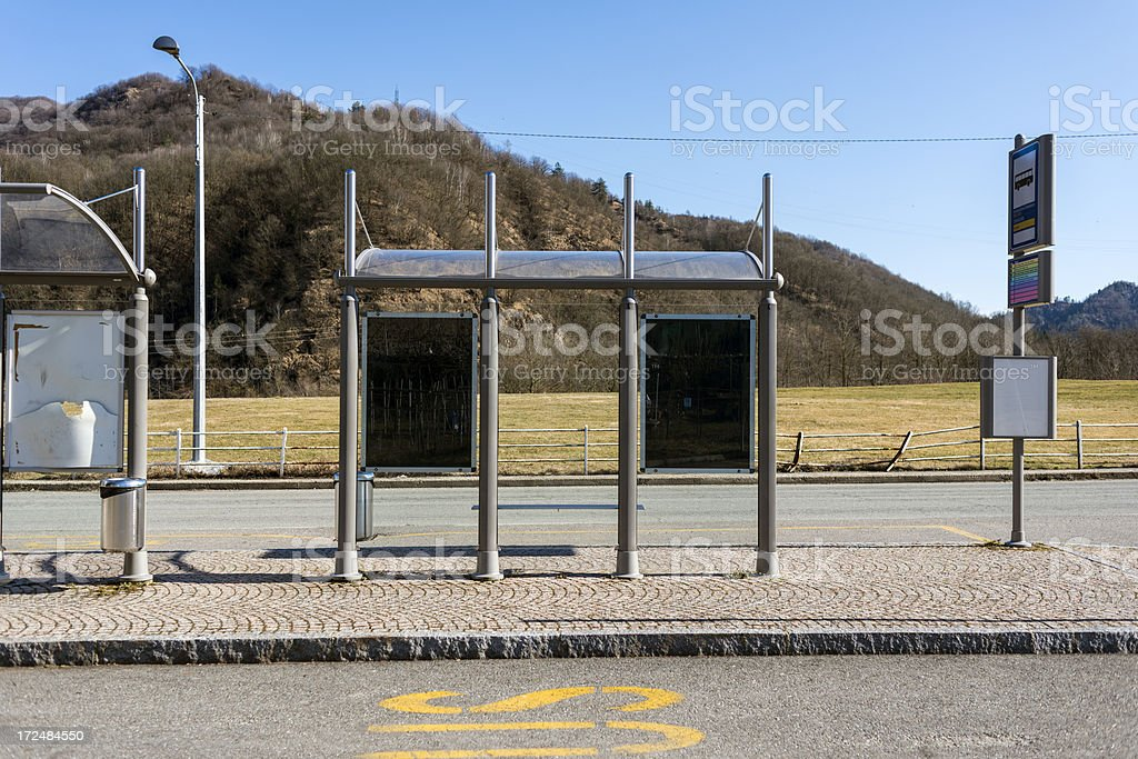 Fermata autobus in Italia - foto stock