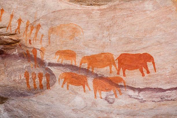 bushman rock art in south africa - mağara resmi stok fotoğraflar ve resimler
