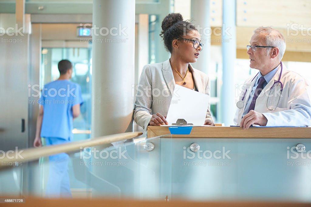 business und medizinische realtionship. – Foto