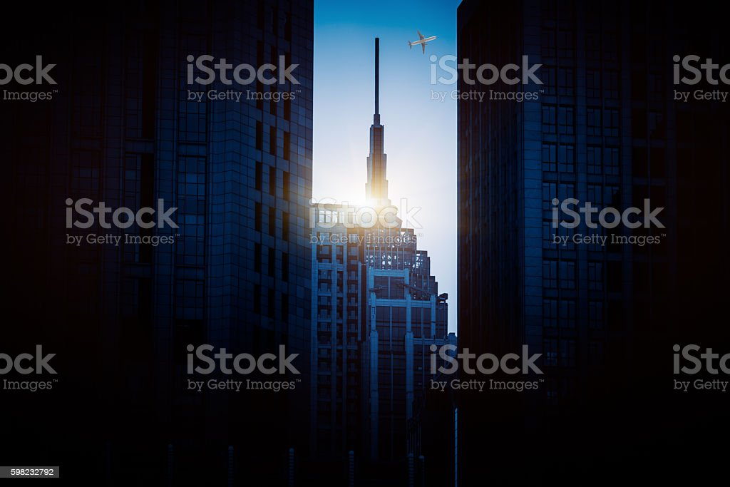 Business buildings with an airplane foto royalty-free