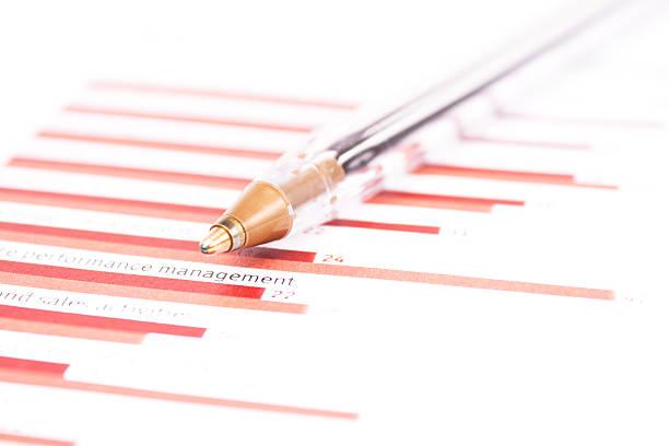 business-diagramm-management performance - bic kugelschreiber stock-fotos und bilder