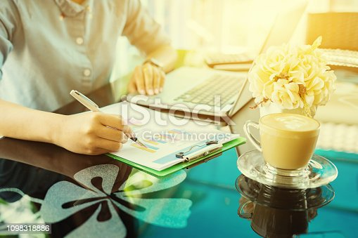 517496962 istock photo Business concept, Administrator business woman financial inspector and secretary making report, calculating or checking balance. Internal Revenue Service inspector checking document.vintage color 1098318886
