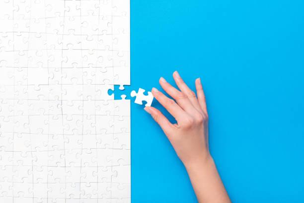 Geschäftskonzept des weißen Puzzles. – Foto