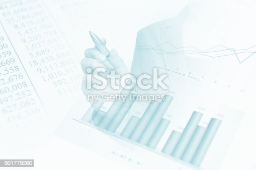 807104524 istock photo Business consept, Financial graphs 901779260