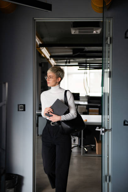 Business consultations Start-up company is having a female business consultant in their office. georgijevic coworking stock pictures, royalty-free photos & images