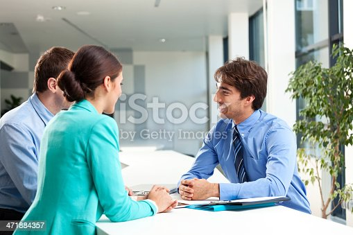 155279487 istock photo Business consulting 471884357