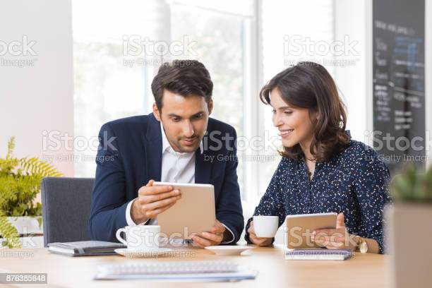 Business couple having lunch meeting picture id876385648?b=1&k=6&m=876385648&s=612x612&h=tpzpygwi3aouac1snmb2fusyxgsy2fu5laguwbrwbyq=