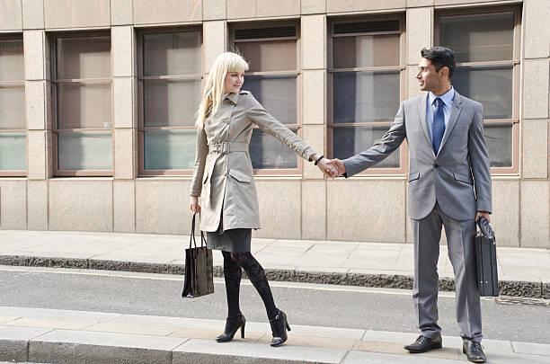 business-paar in liebe - liebeskummer englisch stock-fotos und bilder