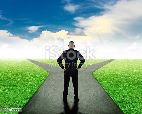 istock Business Decision Concept. Confuse to Choose Direction 1021677772