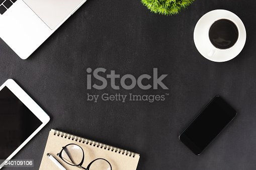 istock business device on table 840109106