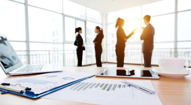 business discussing - incidental people stock pictures, royalty-free photos & images