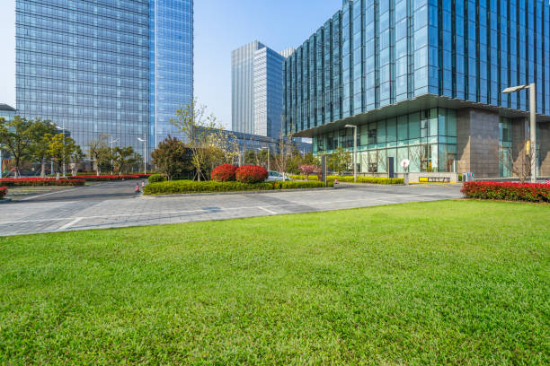 business district and green - consumerism stock pictures, royalty-free photos & images