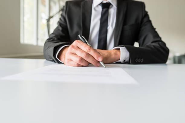 Geschäft Arbeitgeber Unterzeichnung Papierkram – Foto