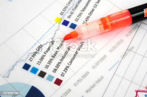 184621300istockphoto Business Graph Chart-Growth Concept-Business Finance Success 157630194