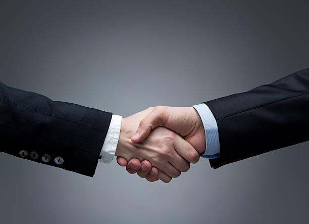 di affari handshake - afferrare foto e immagini stock