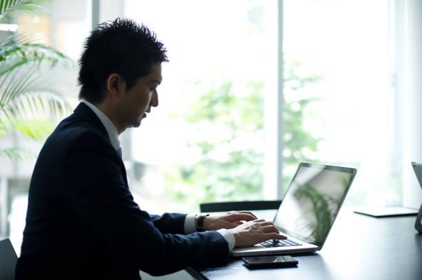 ビジネスライフ - オフィスワーク ストックフォトと画像