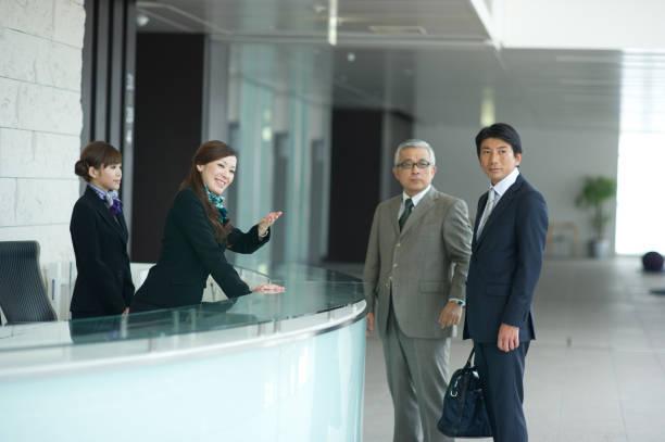 ビジネスライフ - 受付係 ストックフォトと画像