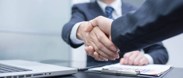 Business man Business Handshake und Geschäftsleute – Foto