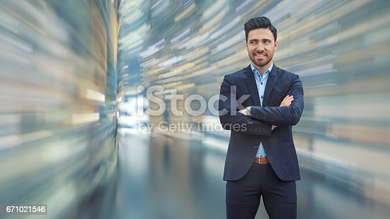 istock Business man observing fast speed dataflow 671021546