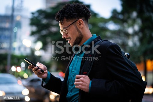 istock Business man on the move 952067174