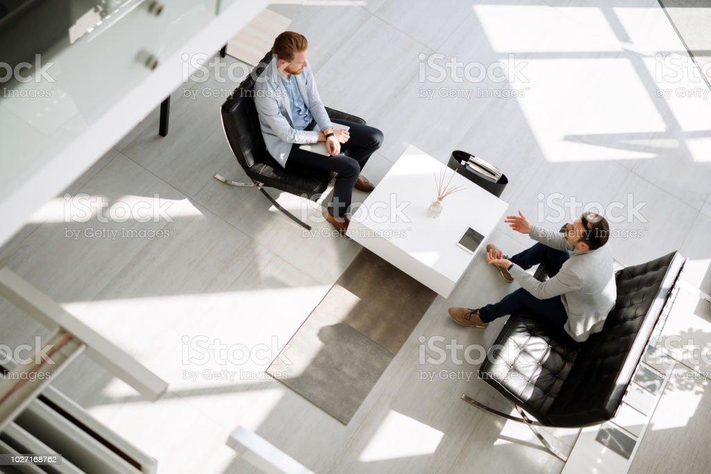 Treffen in der lobby – Foto