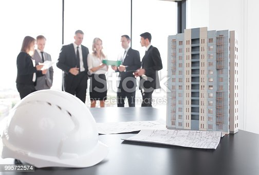 istock Business meeting of architects and investors 995722574