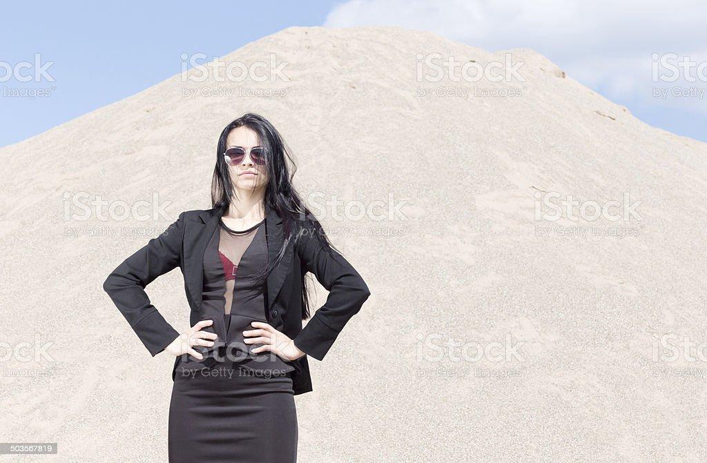 Business Model mit Sonnenbrille stock photo