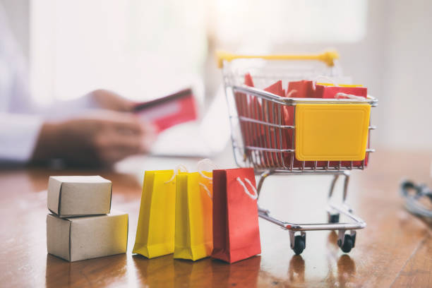 online-shopping und lieferung geschäftskonzept. - kostenlose onlinespiele stock-fotos und bilder