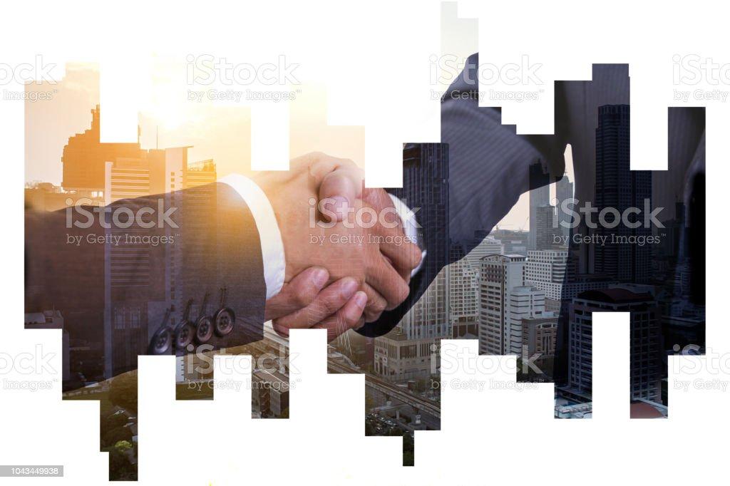 iş ortaklık başarılı kavramı, Çift Kişilik explosure işadamı karşılıklı soyut şehir görünümünde Backgorund stok fotoğrafı