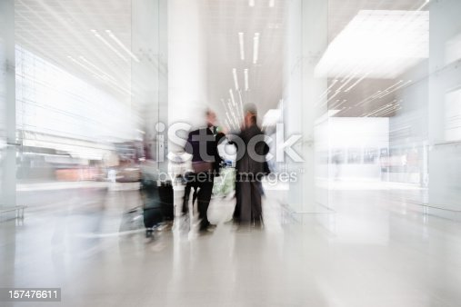 istock Business People Airport Meeting 157476611