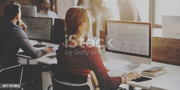 istock Business People Analysis Thinking Finance Growth Success Concept 507181654