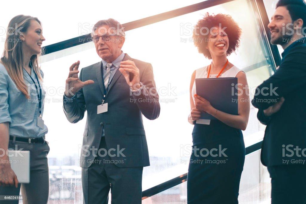 Successful Business Konferenz, Kaffeepause - Lizenzfrei Aktiver Senior Stock-Foto