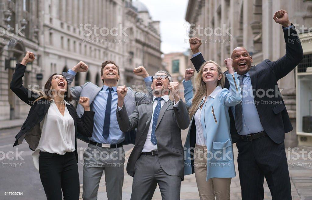 Geschäftsleute feiert – Foto