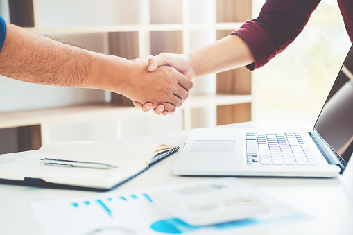 656005826 istock photo Business people colleagues shaking hands meeting Planning Strategy Analysis Concept 1021040418