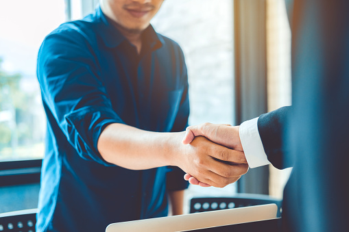 656005826 istock photo Business people colleagues shaking hands meeting Planning Strategy Analysis Concept 952661966