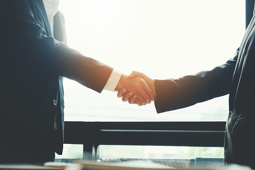 656005826 istock photo Business people colleagues shaking hands meeting Planning Strategy Analysis Concept 952662010