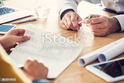 546183298 istock photo Business people discussion advisor working concept 852547870