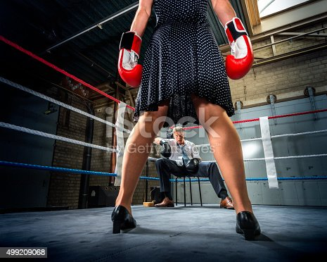 464164875 istock photo Business people fight, Conflict Between Couple 499209068