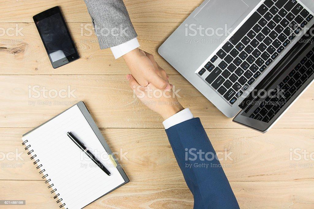 Geschäft Leute handshaking  Lizenzfreies stock-foto