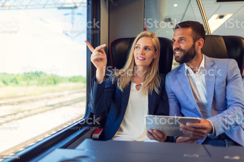 rencontre dans le train site de rencontre gratuit emo