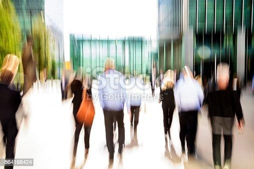 1146224410istockphoto Business People in London 864168424