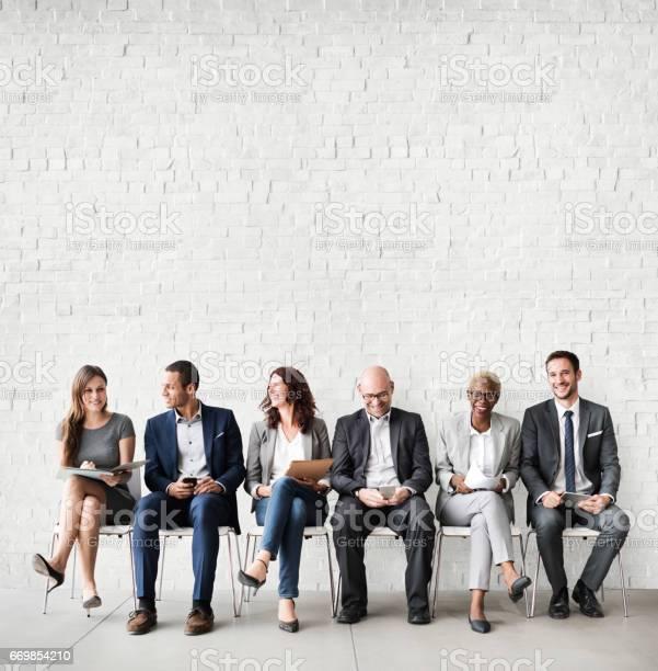 Menschen Treffen Corporate Digitalgerät Verbindung Geschäftskonzept Stockfoto und mehr Bilder von Multikulturelle Gruppe