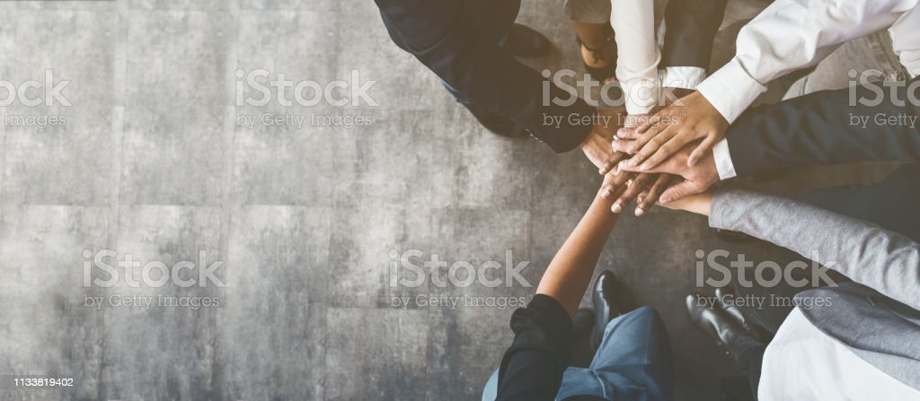 Business people putting their hands together, top view - Royalty-free Amizade Foto de stock