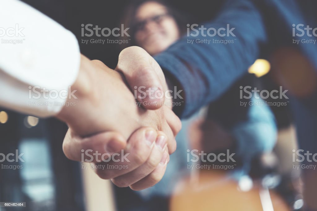 Business people shaking hands - foto stock