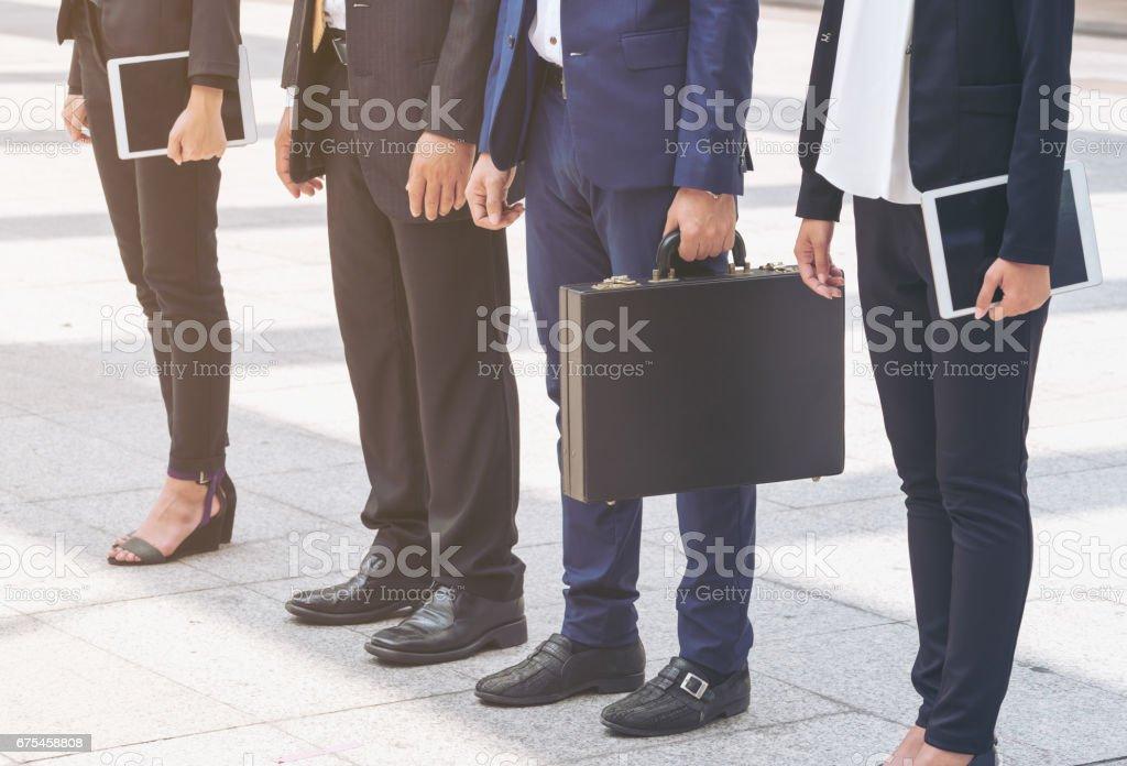 Gens d'affaires debout dans une rangée photo libre de droits