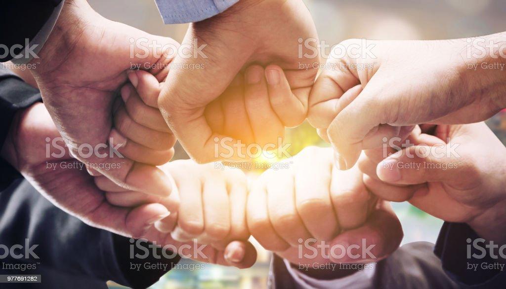 Geschäftsleute team Beitritt Hände. – Foto